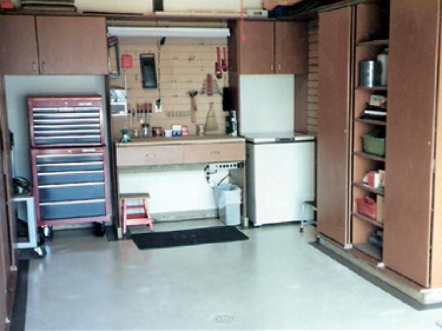 Garages 4